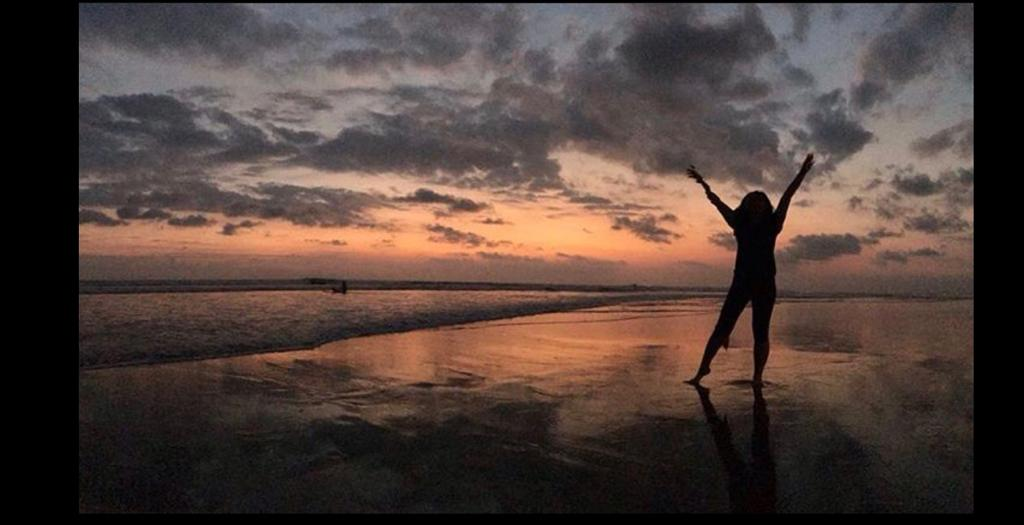 Sascha Poespo Likes Bali